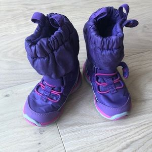 SOLD-Stride Rite Winter Boots